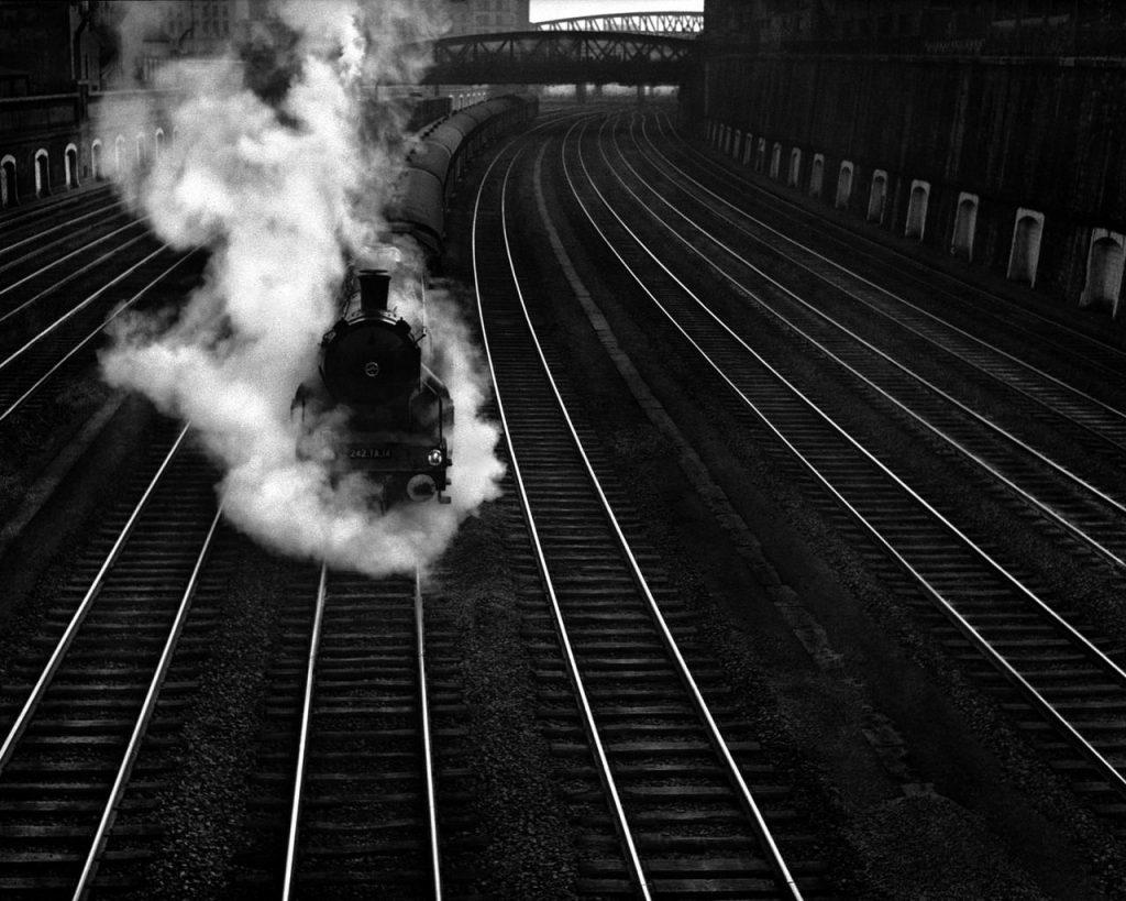 Beautiful Trainwreck solo train